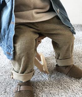 Tong Corduroy Pants
